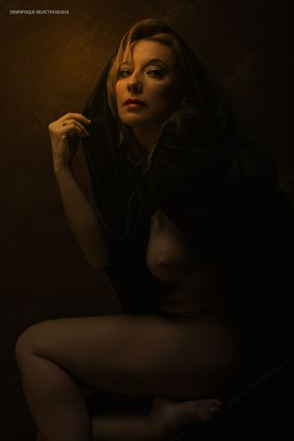 artistic nude photo by photographer desenfoque selectivo