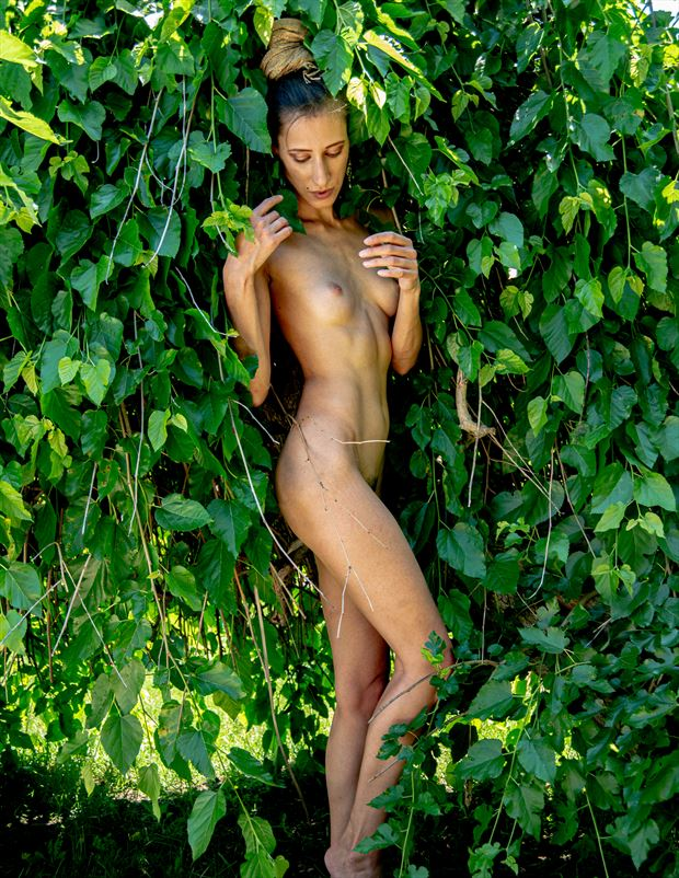 artistic nude photo by photographer ian thompson