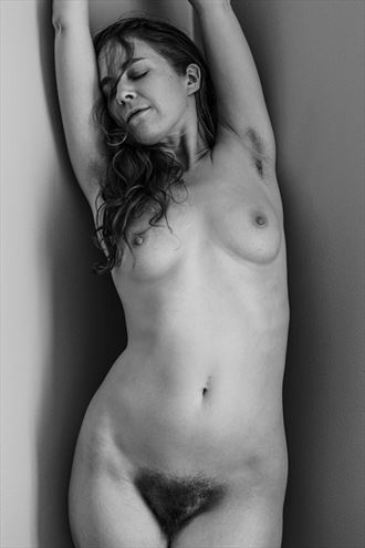 artistic nude photo by photographer oliver alexander