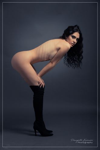 artistic nude photo by photographer petekar