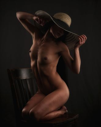 artistic nude photo by photographer r pedersen