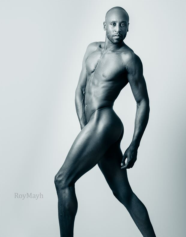 artistic nude photo by photographer roymayh