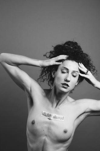 artistic nude portrait photo by model vivian cove