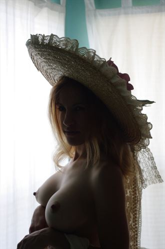 artistic nude sensual photo by photographer e badea