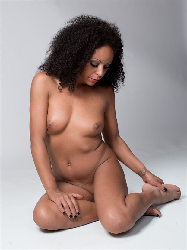 artistic nude sensual photo by photographer gracefoto