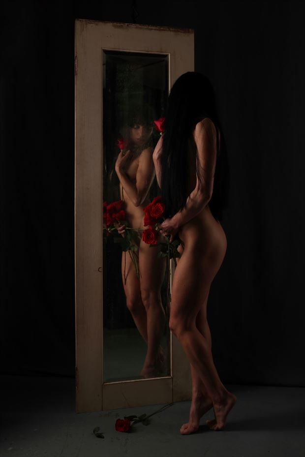 artistic nude sensual photo by photographer r pedersen