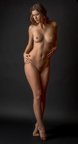 artistic nude sensual photo by photographer shawn crowley