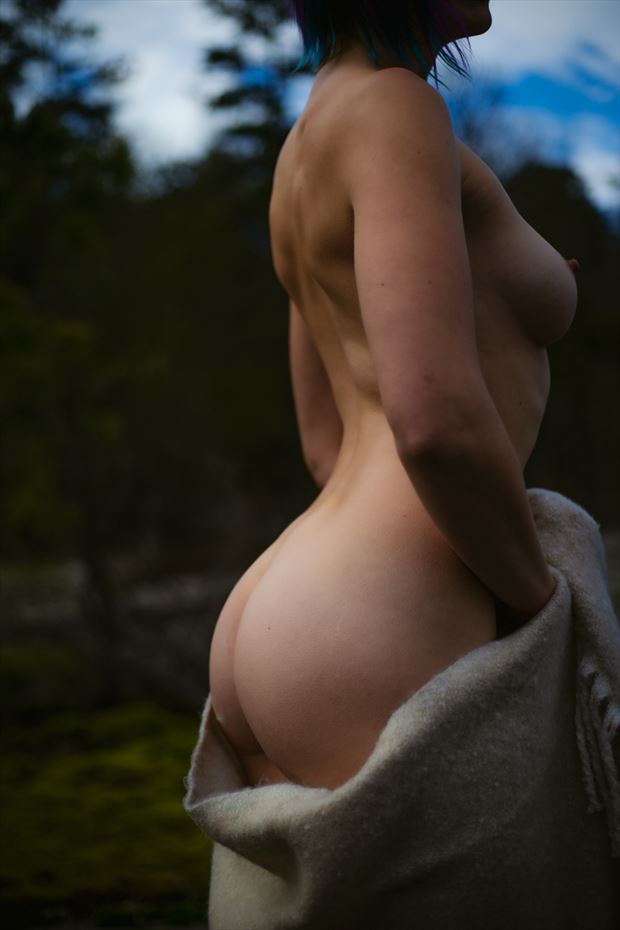 artistic nude sensual photo by photographer skinserportraits