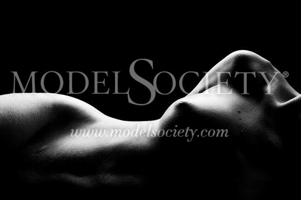 artistic nude sensual photo by photographer surzayon