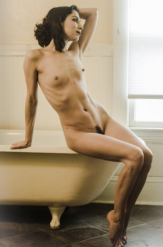 artistic nude sensual photo by photographer tgabrukiewicz