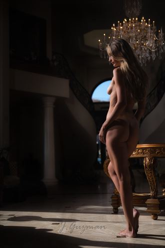 artistic nude silhouette photo by photographer joey guzman