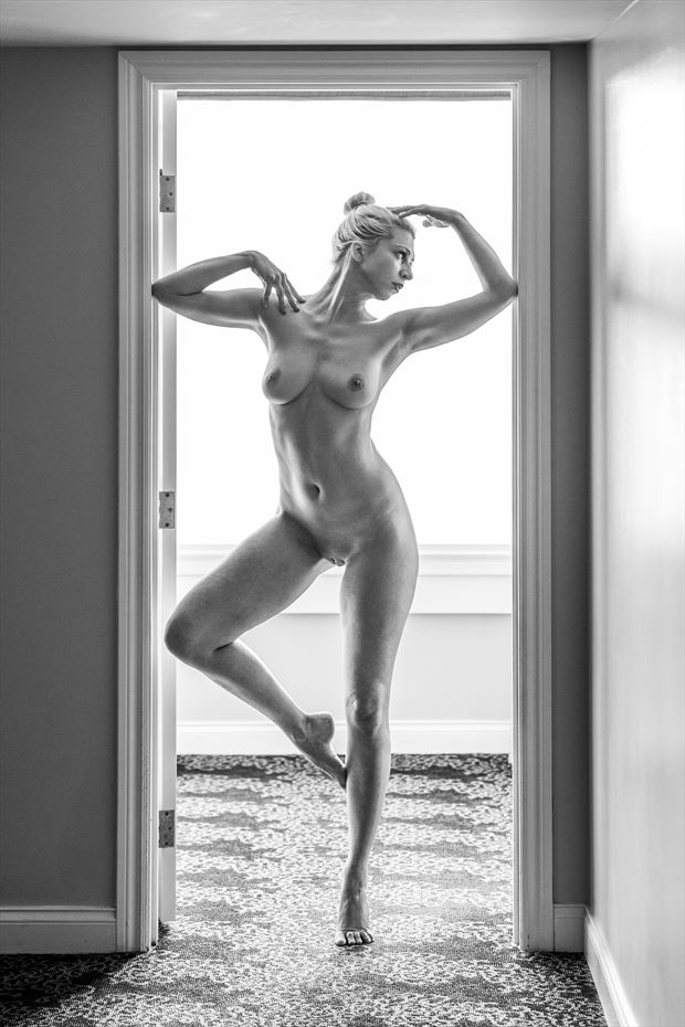 artistic nude silhouette photo by photographer pfsf