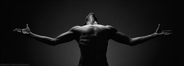 artistic nude silhouette photo by photographer sasha onyshchenko