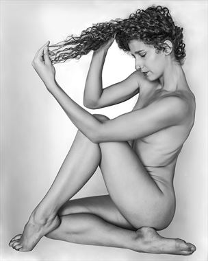 artistic nude studio lighting photo by model vivian cove