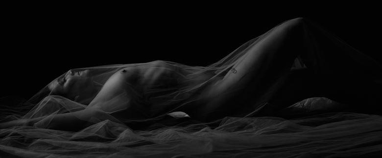 artistic nude studio lighting photo by photographer alyce croft boudoir