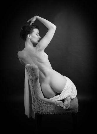 artistic nude studio lighting photo by photographer anthonygilbertphoto