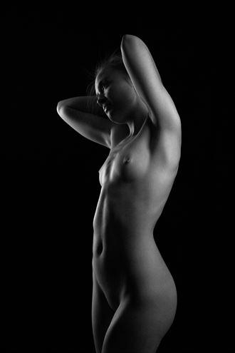 artistic nude studio lighting photo by photographer modella foto