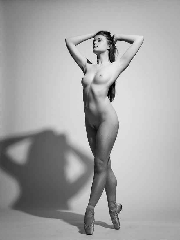 artistic nude studio lighting photo by photographer patriks