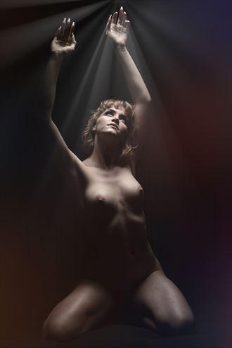 artistic nude studio lighting photo by photographer robert davis