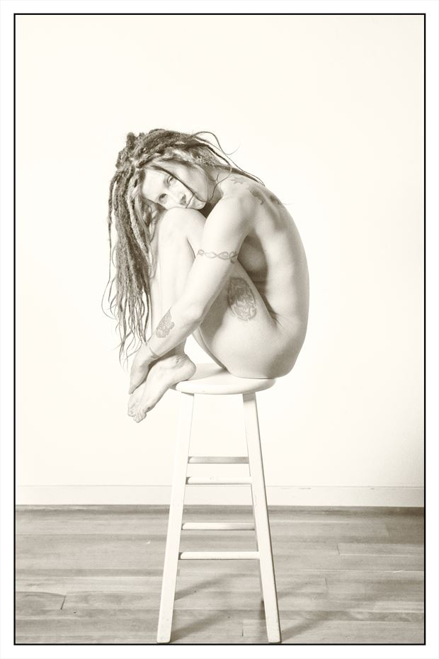 artistic nude studio lighting photo by photographer stevelease
