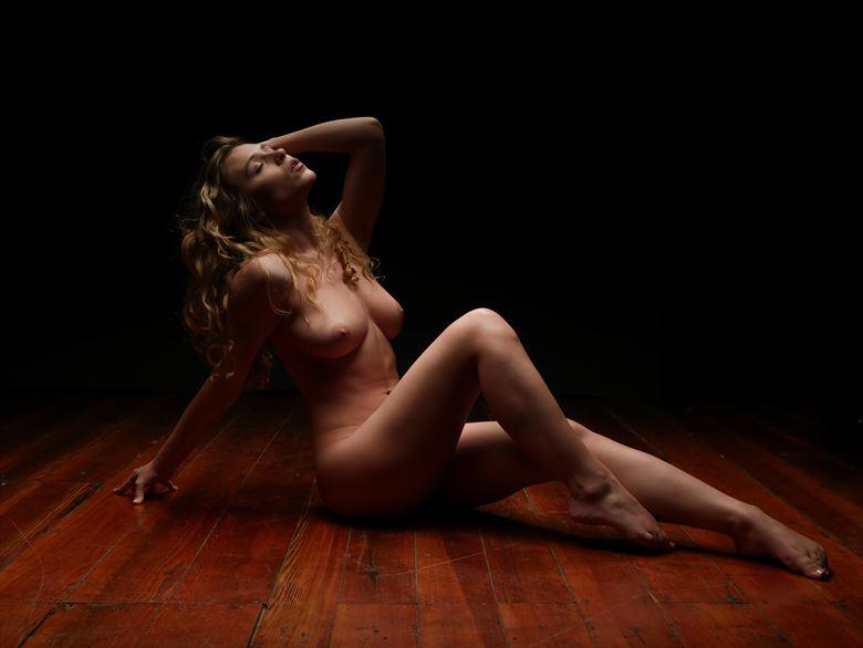 artistic nude studio lighting photo by photographer vince 369