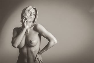 artistic nude studio lighting photo by photographer vince 369
