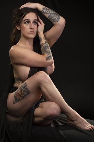 artistic nude tattoos photo by model megg kelly