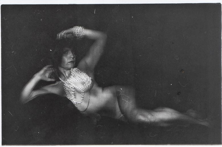 artistic nude vintage style photo by photographer salvag