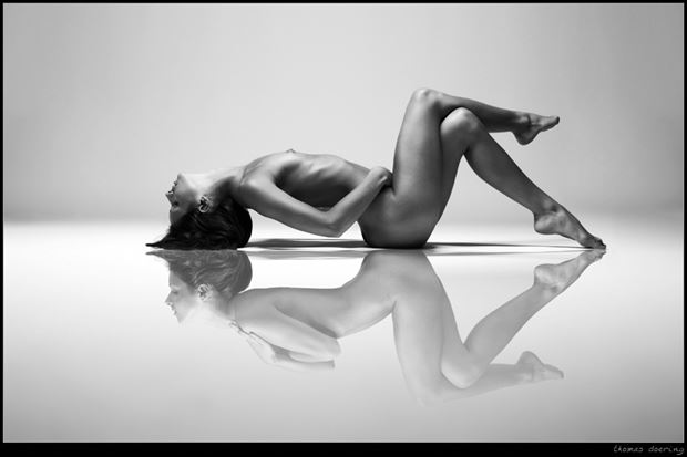 at second glance artistic nude photo by photographer thomas doering