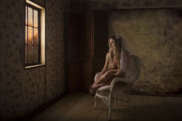 at the closing of the day artistic nude photo by photographer milchuk