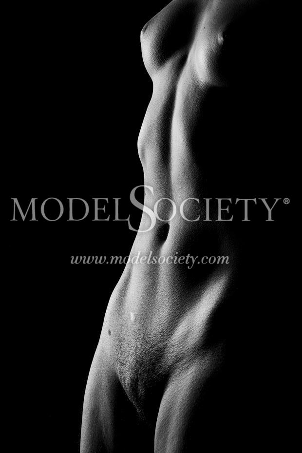 athletic artistic nude photo by photographer surzayon