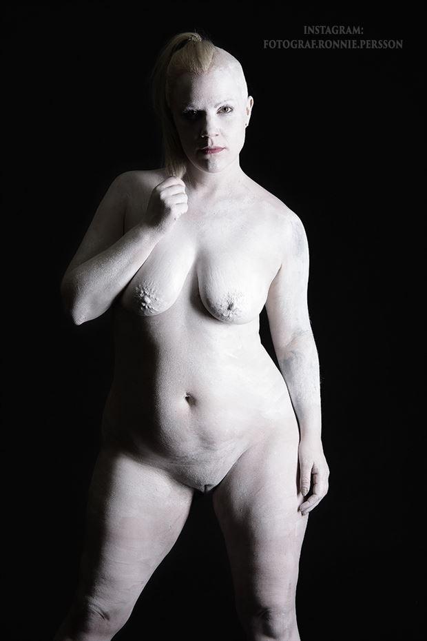 attitude artistic nude photo by model trasselzudd