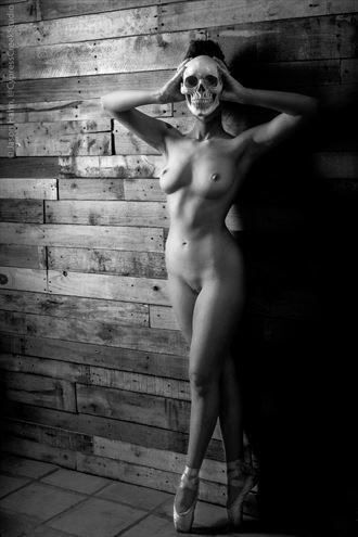 aurora red artistic nude photo by photographer jason hahn