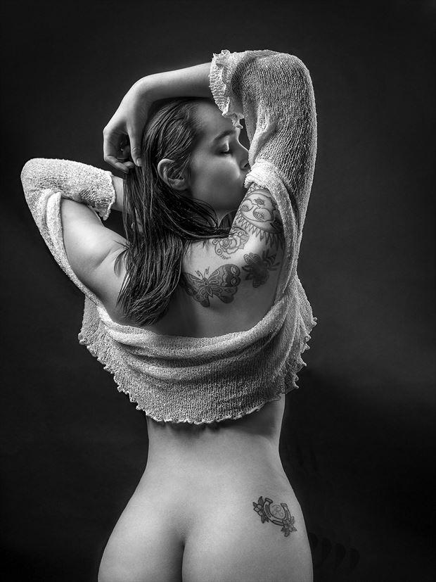 ayeonna sensual artwork by photographer dieter kaupp
