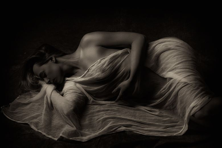 ayla artistic nude photo by photographer benernst