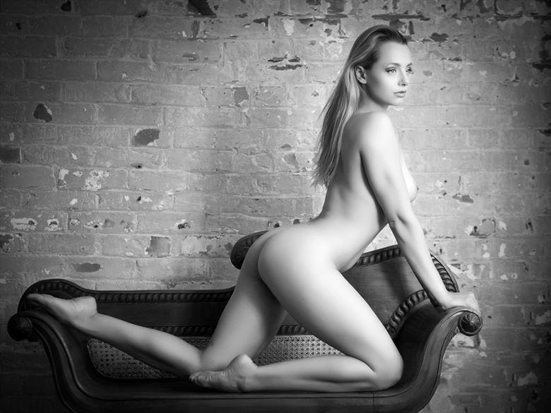 ayla artistic nude photo by photographer paul mason