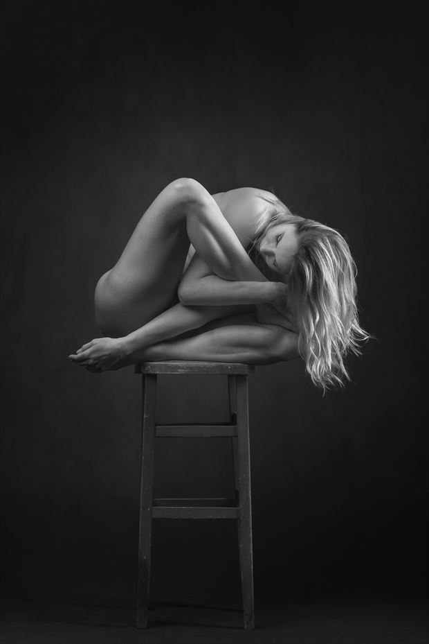 bar stool artistic nude photo by photographer niall