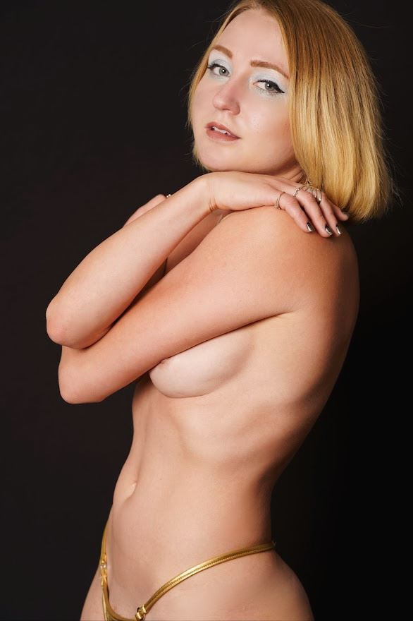 barely there artistic nude photo by model cali layne