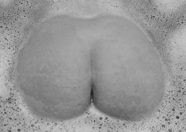 bath Artistic Nude Photo by Photographer JB Modelwork