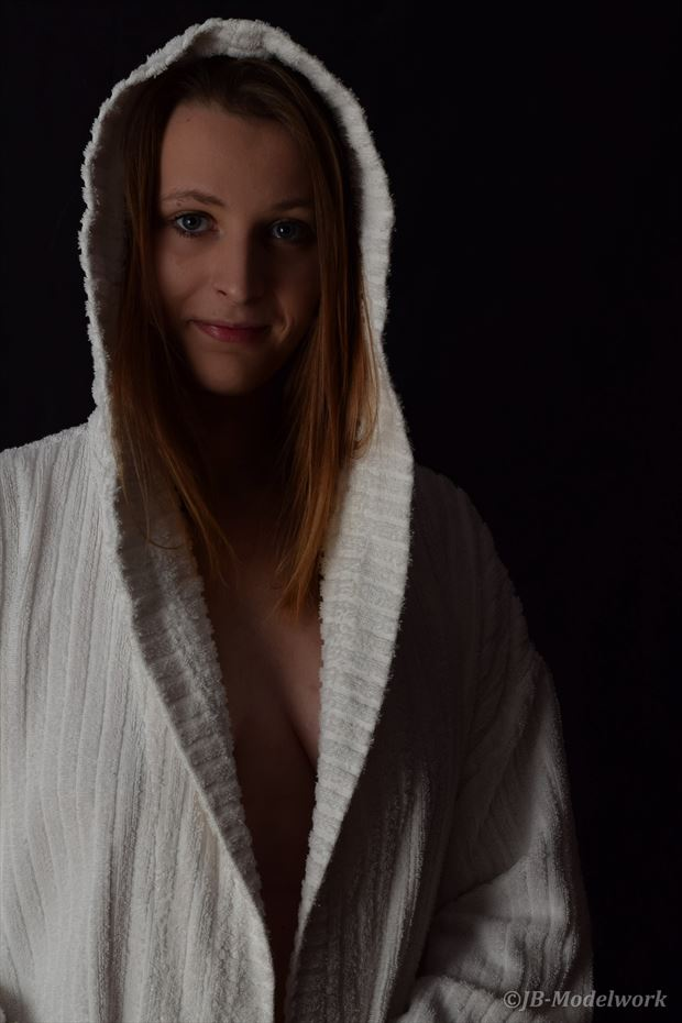 bathrobe pinup photo by photographer jb modelwork