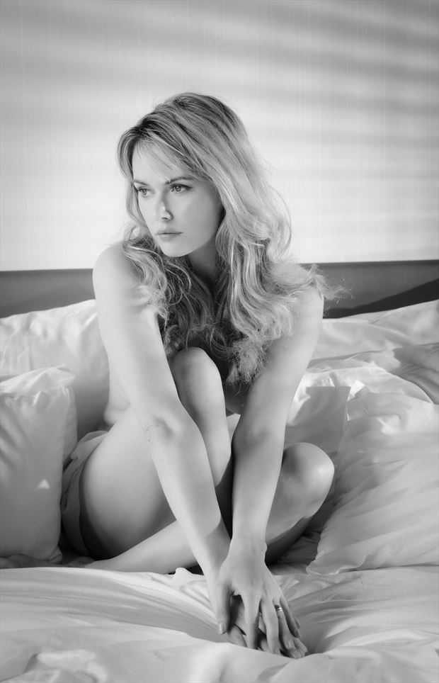 beautiful carla sensual photo by photographer colin dixon