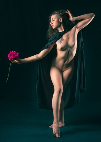 beauty artistic nude photo by photographer fischer fine art
