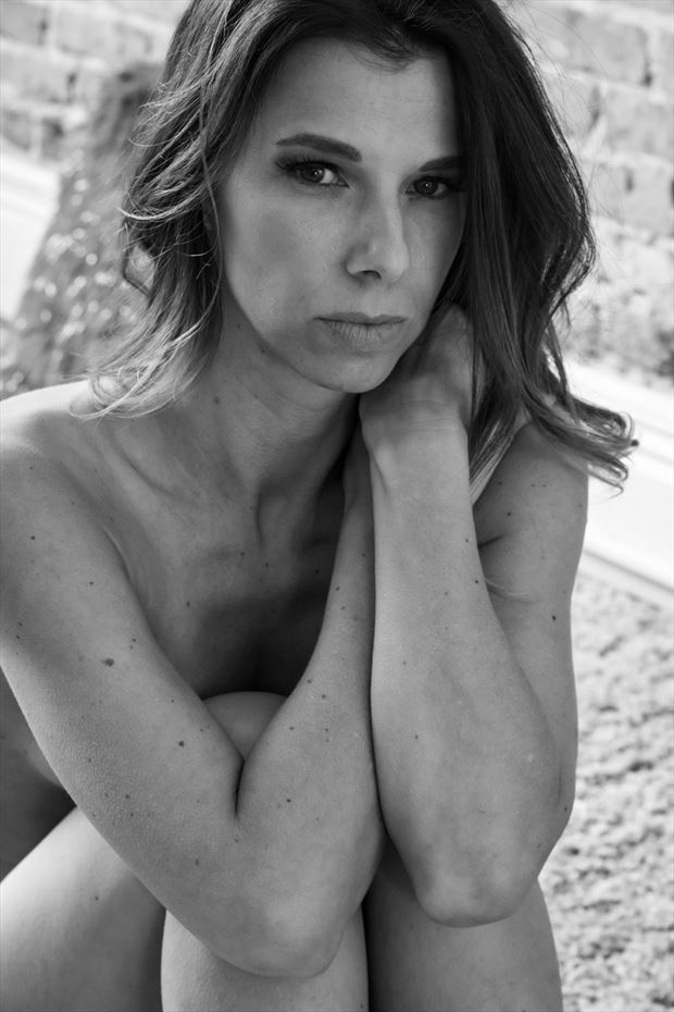 beauty is the beholder artistic nude photo by photographer thomas branch