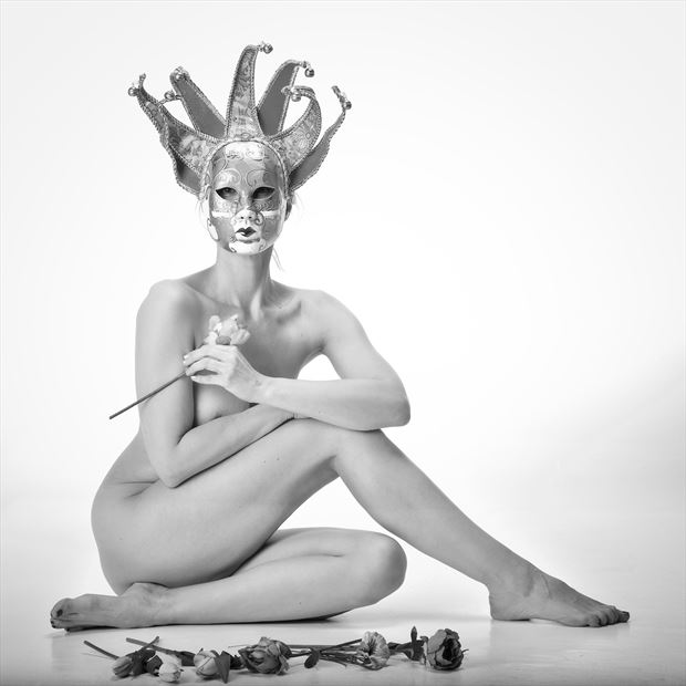 behind the mask artistic nude photo by model selkie