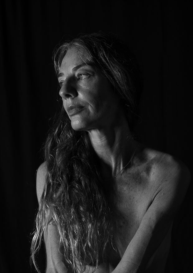 bel%C3%A9n ii artistic nude photo by artist sr gris