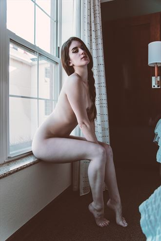 bella artistic nude photo by photographer calengor