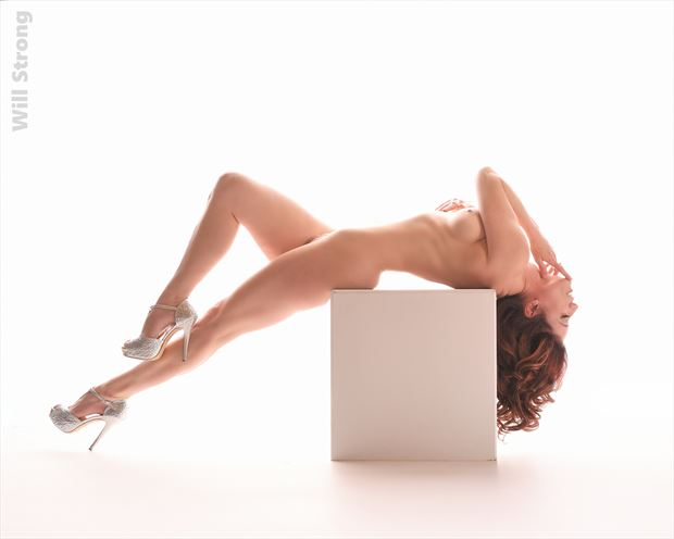 bella reclined artistic nude photo by photographer yb2normal