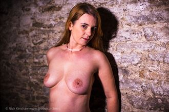 belle artistic nude photo by photographer groovyeditor