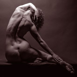 bend and stretch artistic nude photo by photographer gpstack