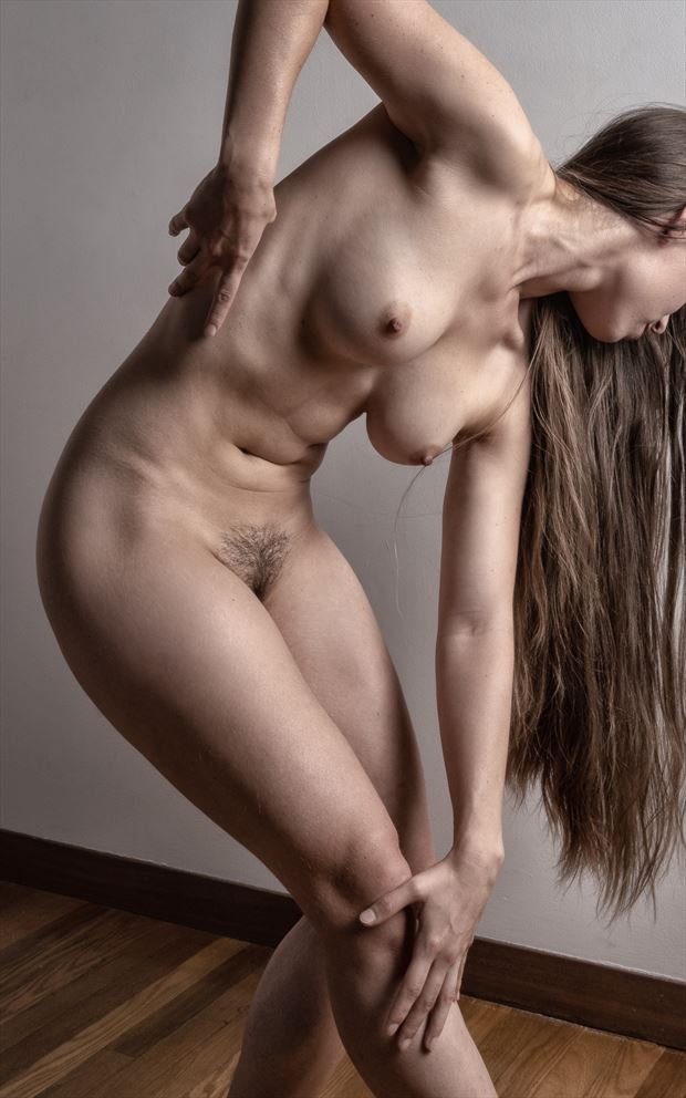 bend stretch artistic nude photo by photographer rick jolson